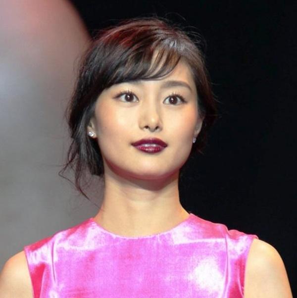 人気女優K・忽那汐里